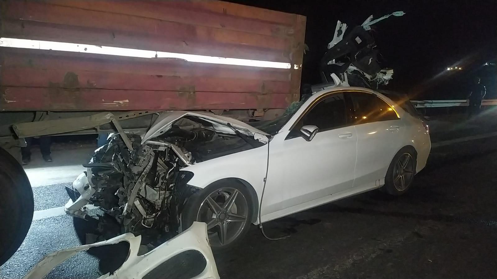 Adana-Gaziantep Otoyolu'nda feci kaza: 2 ölü, 1 yaralı