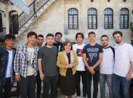 Şahin üniversiteli öğrencilerle  bir araya geldi