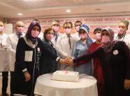 Kanser hastalarına pastalı moral
